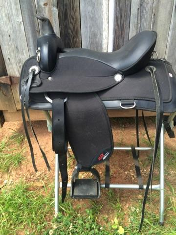 Carouselobreeds.com Saddle for sale
